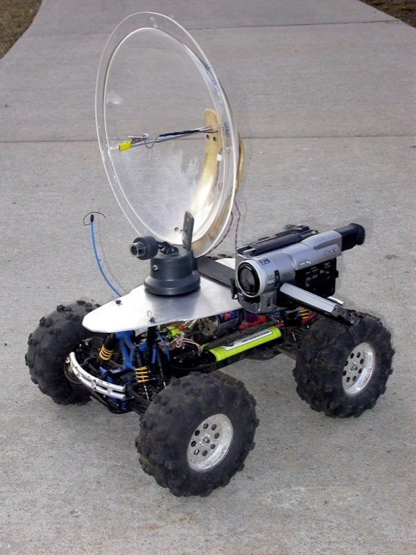 Low Cost Robot On Wheels Can Spy Baddies, Paint Them to Death