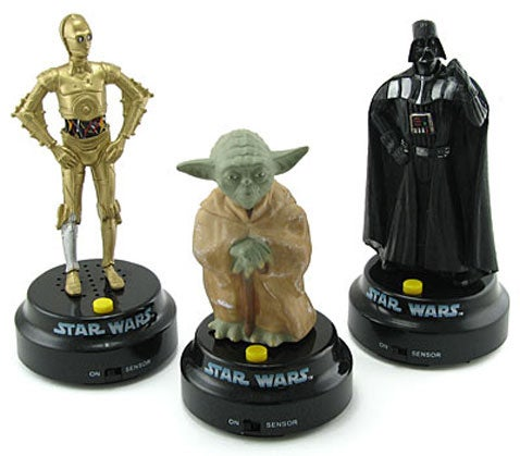 Star Wars Characters Now Hassle You From the Dashboard of Your Car