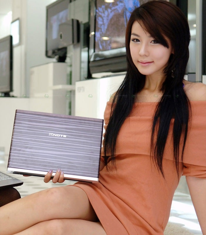 LG XNOTE P300 13.3-inch Laptop Comes with LED-Backlit Screen, Usual Product Ninjas