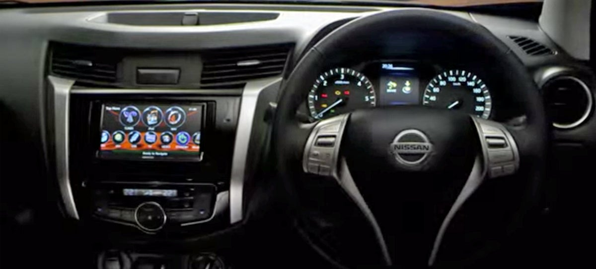 2015 Nissan Frontier Interior Looks More Like A Car Than A Pickup Truck