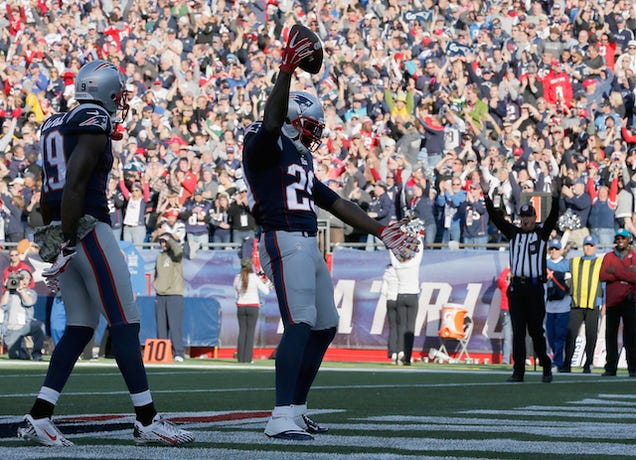LeGarrette Blount Says He Wasn't Trolling The Steelers With His Dance