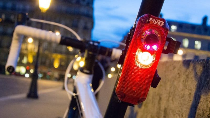 A Rear-Facing Bike Camera Reminds Drivers They're Being Recorded