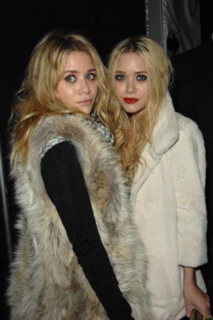 """Elizabeth And James"" Sure Does Look Like Mary-Kate & Ashley"