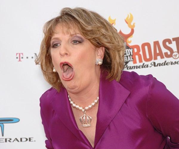 Lisa Lampanelli Doesn't Just Look Like a Troll.....