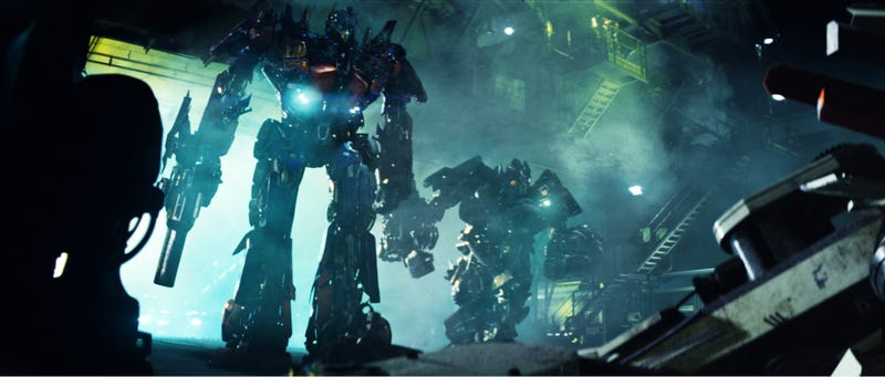 Awesome New Pics From Transformers, Harry Potter, Heroes, Green Lantern And FlashForward!