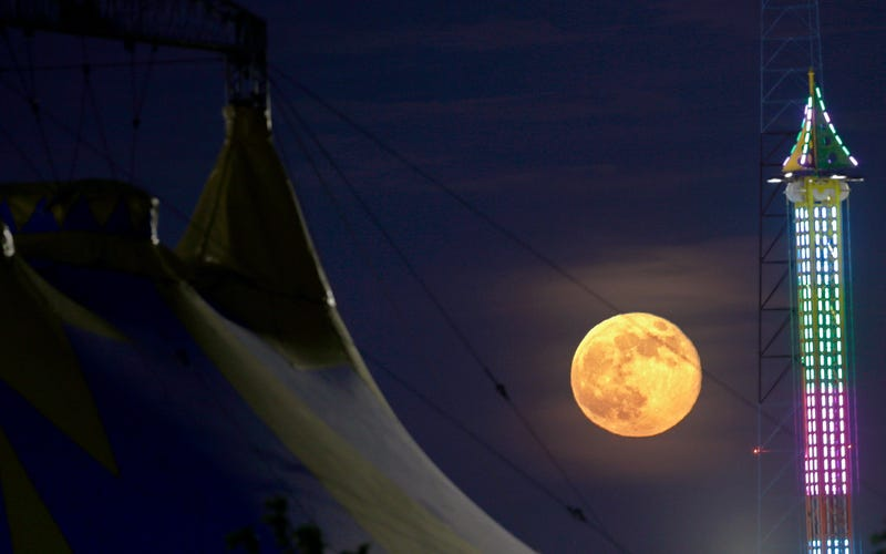Las fotos más espectaculares de la superluna de ayer