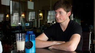 Soylent CEO Is Lifehacking Water By Pissing In the Sink