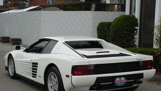 Saw a white Testarossa