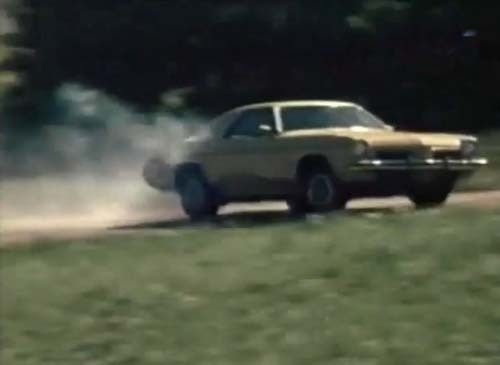 Swivel Buckets, 455 Cubes, and Terrifyingly Awesome Body Roll: The '73 Cutlass Hits the Track!