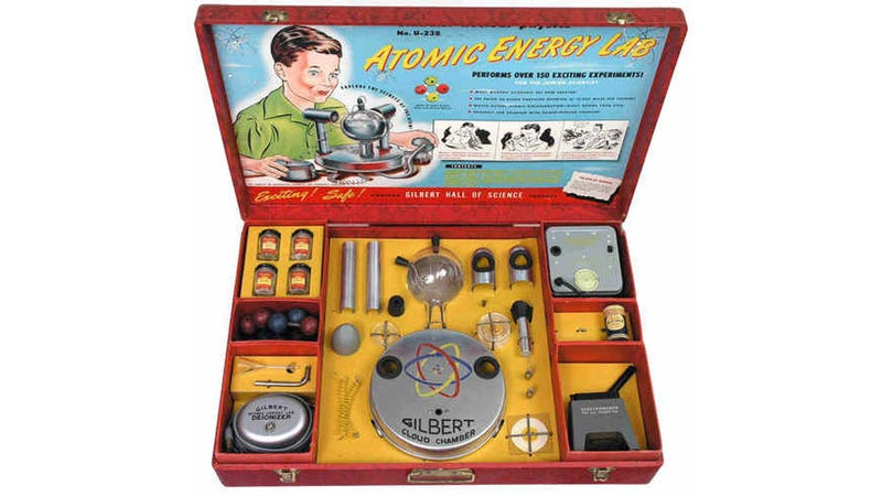 Gilbert U-238 Atomic Energy Lab Lets You Play Dr. Manhattan for Radioactive Funsies