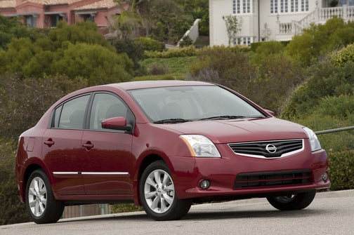 2010 Nissan Sentra Drops Price, Adds Tech
