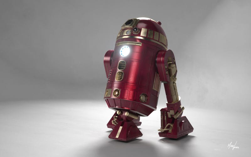 R2-D2 Disguised as Iron Man