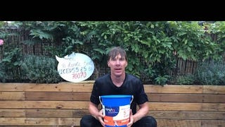 Benedict Cumberbatch does the Ice Bucket Challenge