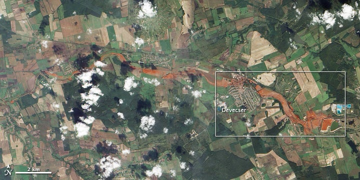 Hungary's Toxic Sludge Spill Viewed From Space
