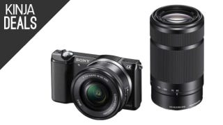 The Amazingly Cheap Sony a5000 Bundle Is Back