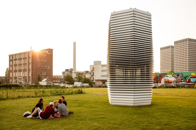 The Largest Air Purifier Ever Built Sucks Up Smog And Turns It Into Gem Stones