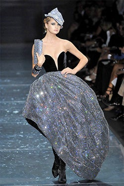 Waist Not: Armani Prive Fall 2007 Couture