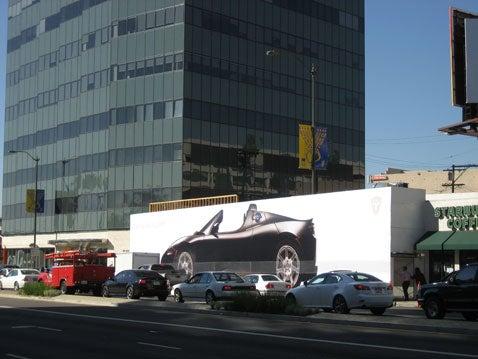 Tesla Store Being Built in Los Angeles