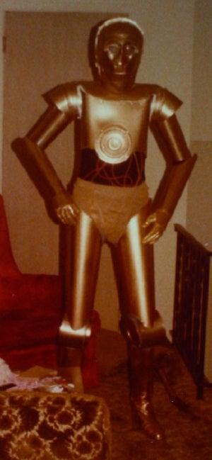 Amazing DIY C-3PO Costume from 1977