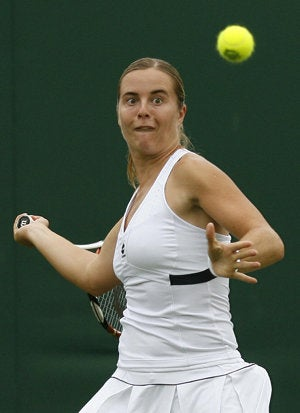 Making Faces: Crazy Grimaces The Beat Costumes For Wimbledon