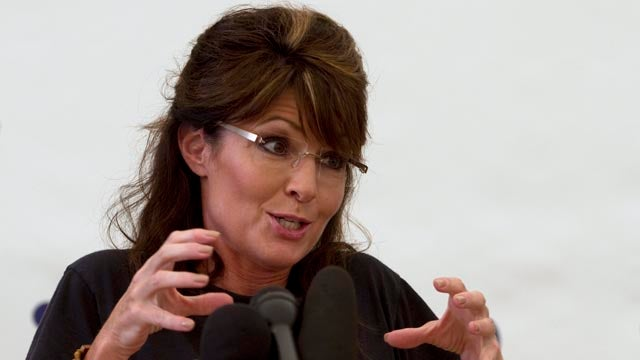 Palin's Numbers Drop While She Blames Obama For $4 Gas