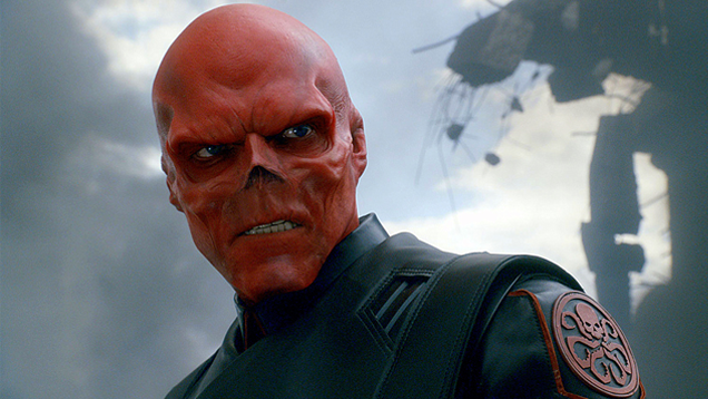 Man Removes Nose to Look More Like Red Skull