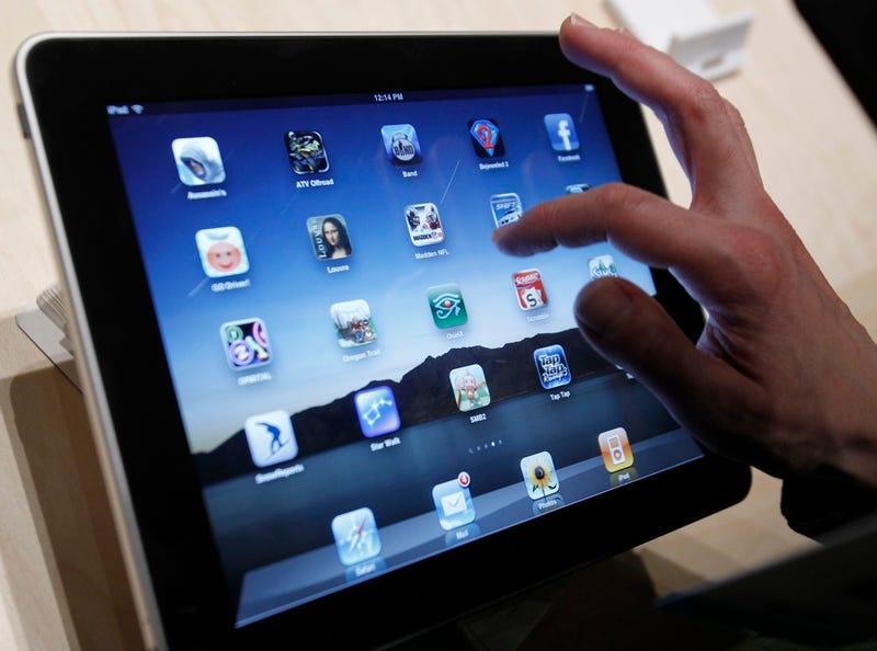 Inmate Runs Million-Dollar iPad Scam from His Cell