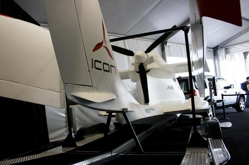 Fold-Up Plane Finally Shown Folding Up
