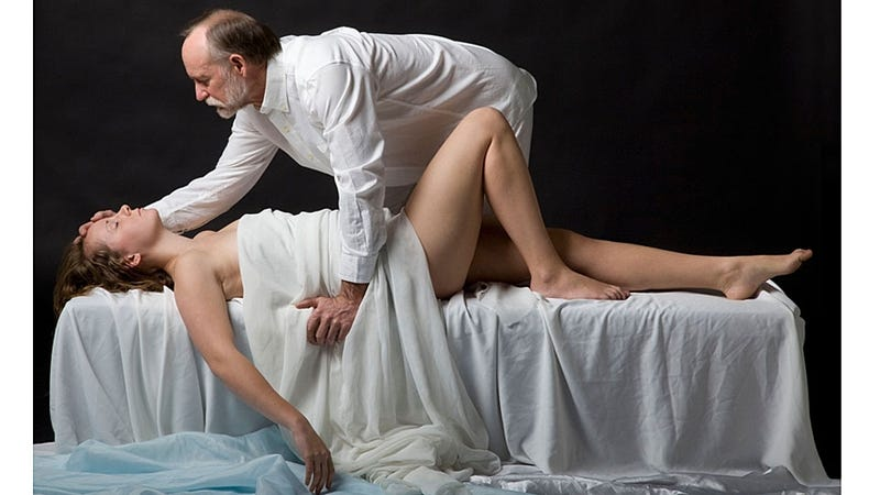 Creepy Old Professor Poses Naked with Students for 'Art'