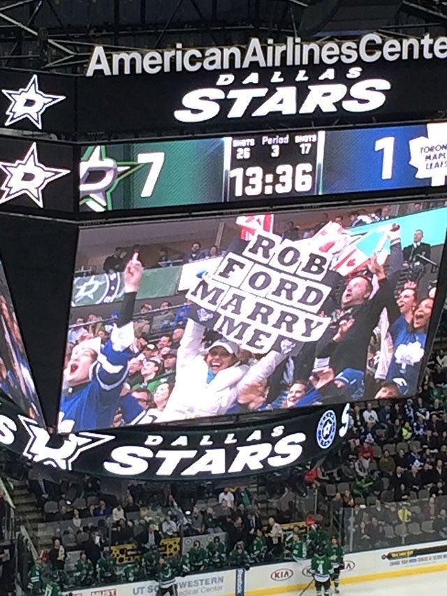 Dallas Stars Trolling Maple Leafs Fans; Maple Leafs Fans Troll Selves