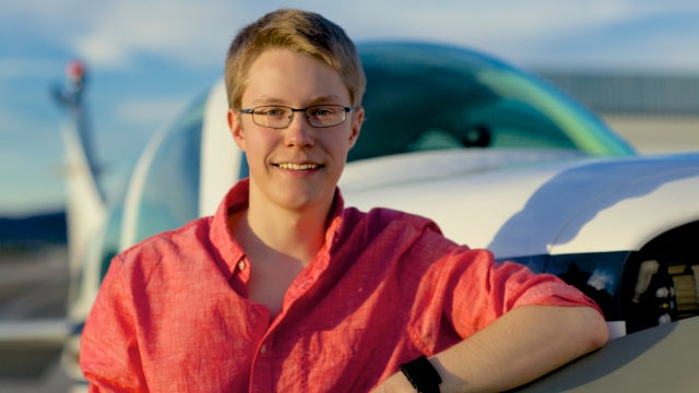 19 Year-Old Becomes Youngest To Fly Solo Around The Globe