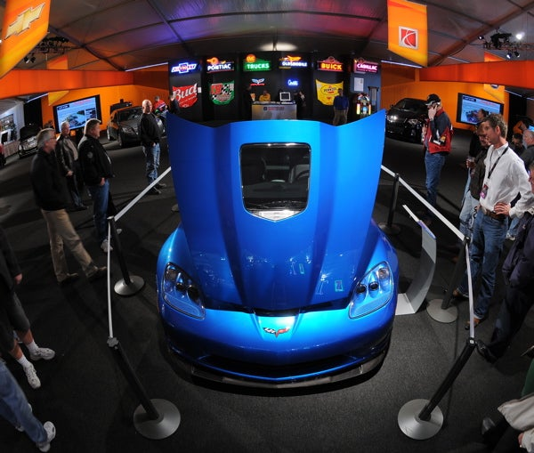 Barrett-Jackson: First 2009 Corvette ZR1 Sells at Auction for $1,000,000
