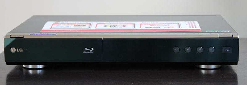 LG BD390 Wi-Fi Blu-ray Player Review: So Packed You'll Forget About Blu