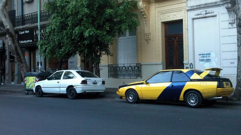 This Renault Fuego will go to the end of the world