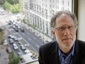 Politico Challenges Bob Bauer's Credentials, Headlines Story 'Bob Bauer's Credentials Challenged'