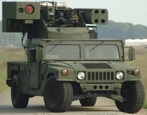 Hummer with Roof-Mounted Laser Canon is Pure Intimidation