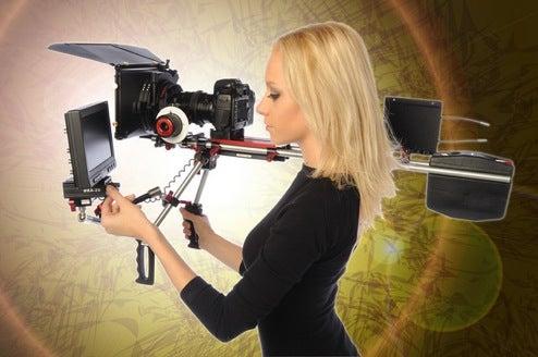 Zacuto Kit Turns Video DSLRs Into Cheapo Movie Steadicams