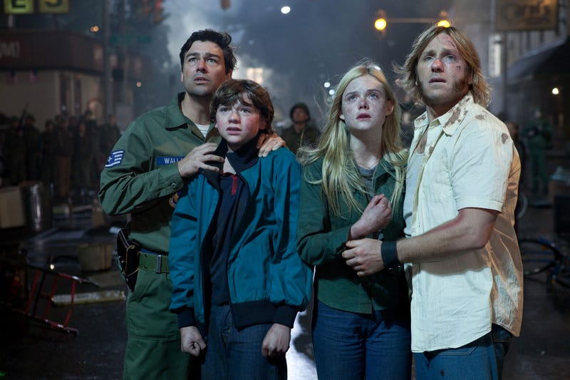 Why does the military want to watch these kids' movie? High-res Super 8 photos provide new hints!