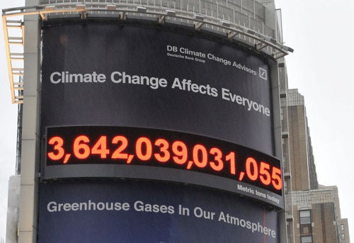 Massive Billboard Counts Carbon Emissions in Real Time