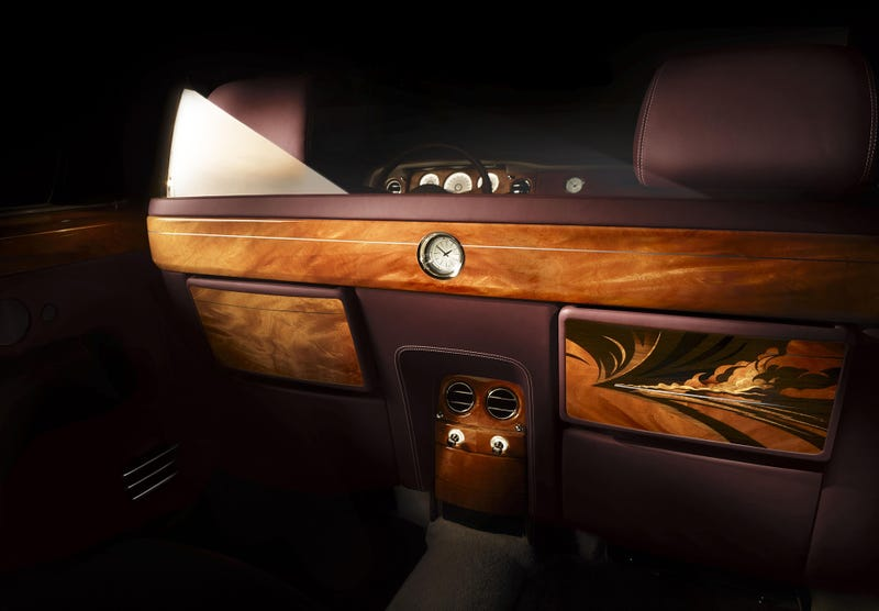 The 'Pinnacle Travel' Phantom Shows What Rolls-Royce Bespoke Can Do