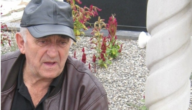 Serbian Widower Has Late Wife's Flower Engraved on Her Tombstone