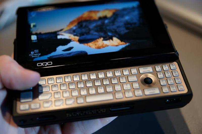 OQO Model 2+ Is +10 Awesome: OLED Touchscreen, Global 3G and Speed UP