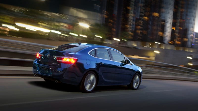 Buick Verano Turbo: Pictures