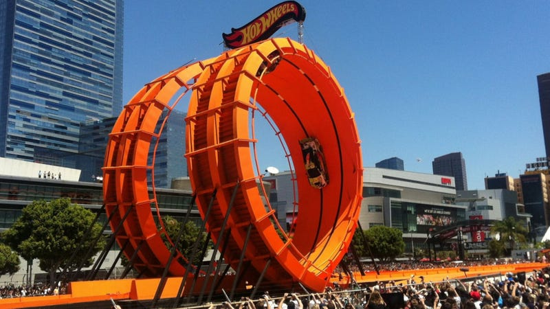 Watch The World Record Hot Wheels Double Loop Stunt