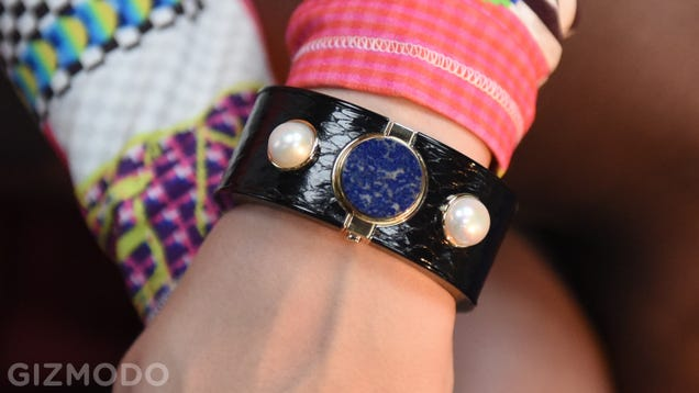 Intel Mica Hands-On: A Fancy, High-Fashion Beeper For $500