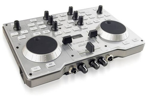 "Hercules Bills DJ Console Mk4 as ""Most Portable"" of All Turntables"