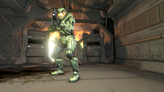 Microsoft Stores Becoming Competitive Multiplayer Hubs for Halo: Combat Evolved Anniversary Launch