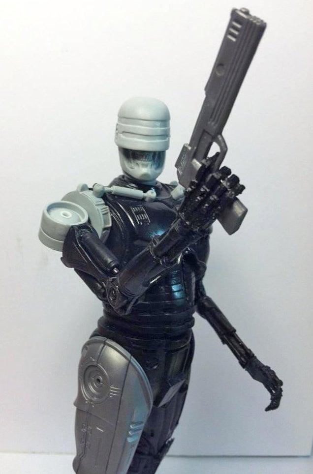 This RoboCop + Terminator Mashup Figure Needs to Exist