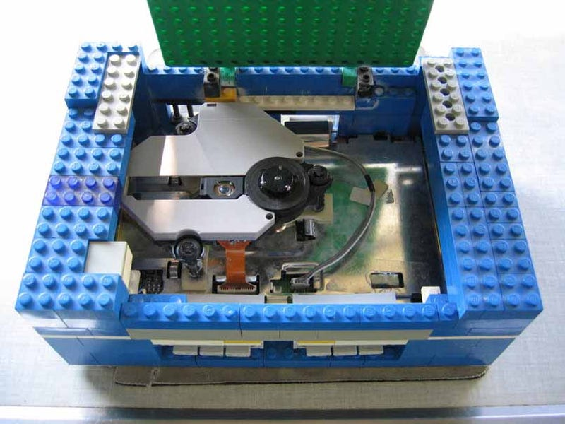 LEGO PlayStation Is Not A Platformer