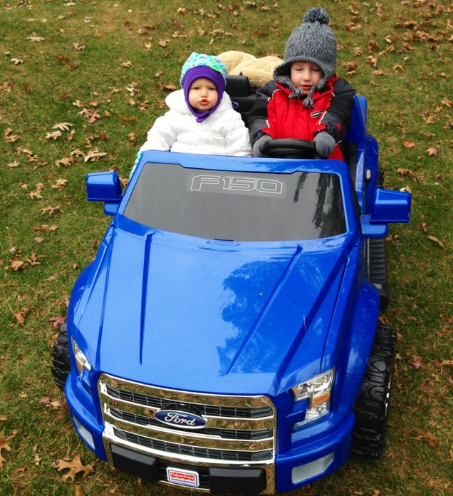 2015 ford f 150 power wheels the four year old kid review. Black Bedroom Furniture Sets. Home Design Ideas